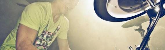 NIEUW: DJ met Drummer