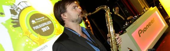 Dj met Saxofonist in de Panama Amsterdam